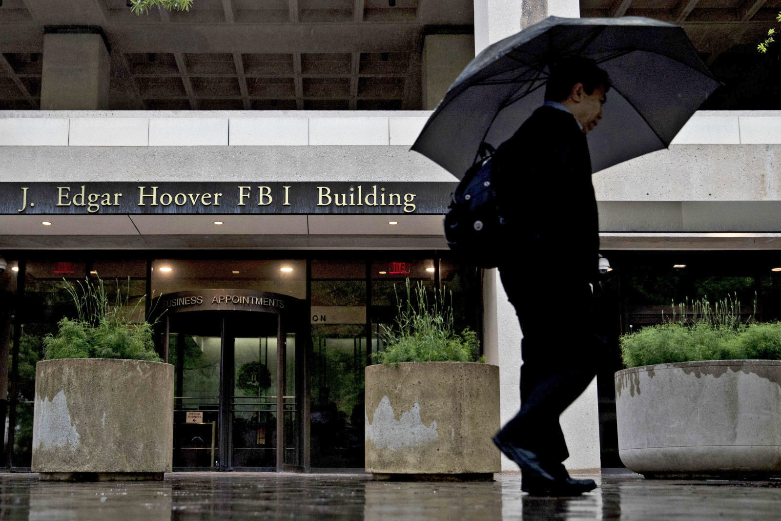 FBI and Russian email hackers